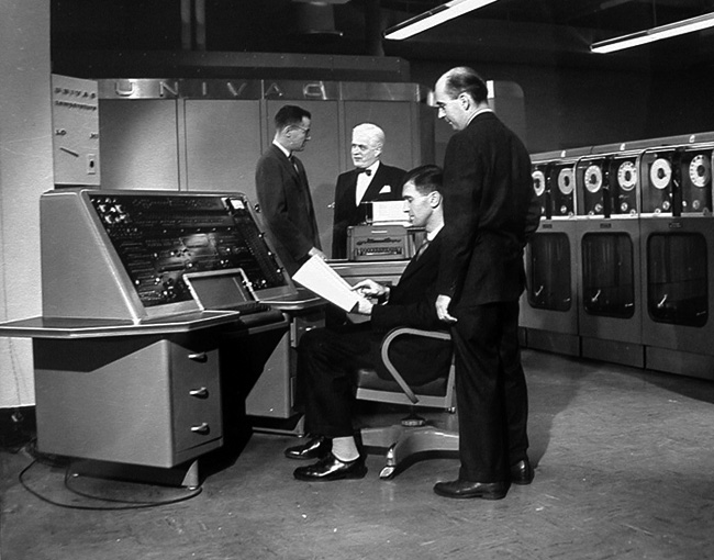 the history of computers 1946 1992 essay 1946: mauchly and presper leave the university of pennsylvania and receive funding from the census bureau to build the univac latest on history of computers.